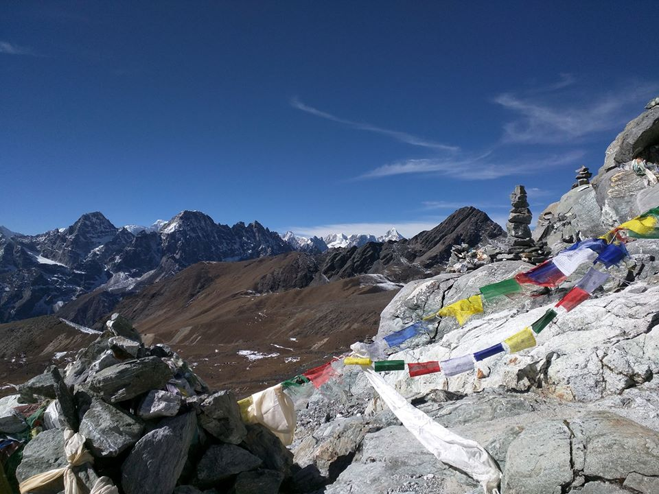 Gokyo trek via Everest Base camp